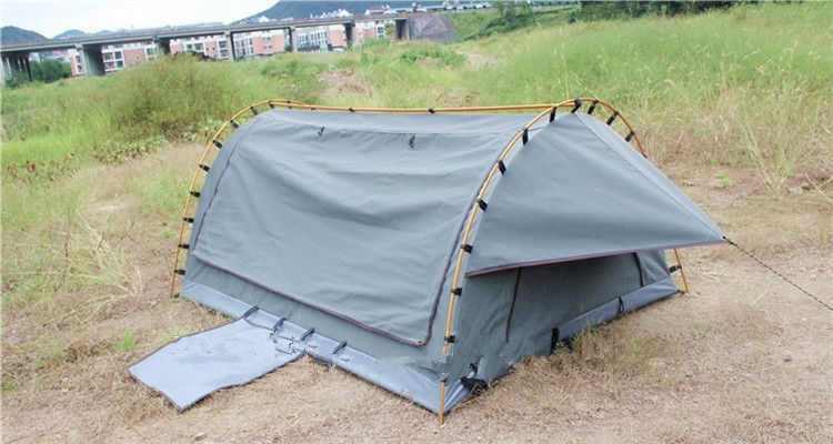 4WD Swag 1 Person Canvas Tent Fire Prevention Fabric Material For Outdoor Entertainment